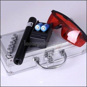 レーザーポインター 非常灯火などアウトドア・レジャーにもいろいろ活用できます。
