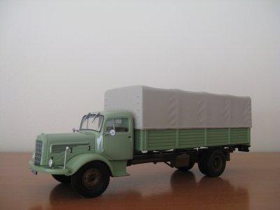 MERCEDES BENZ L325/ LA325 1957 PLAT (Altaya / IXO)