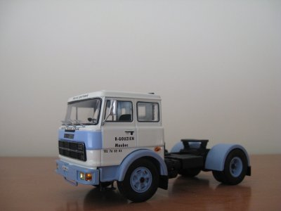 UNIC-FIAT 619  - Tracteur (Handmade)