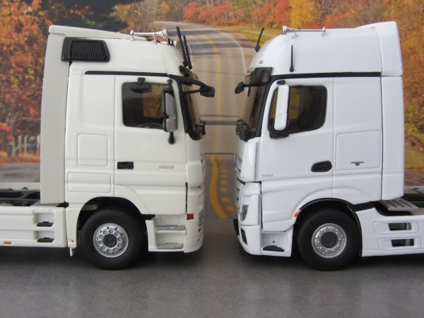 Mercedes Actros MP4 Gigaspace (Eligor) + Actros MP3 (Eligor)