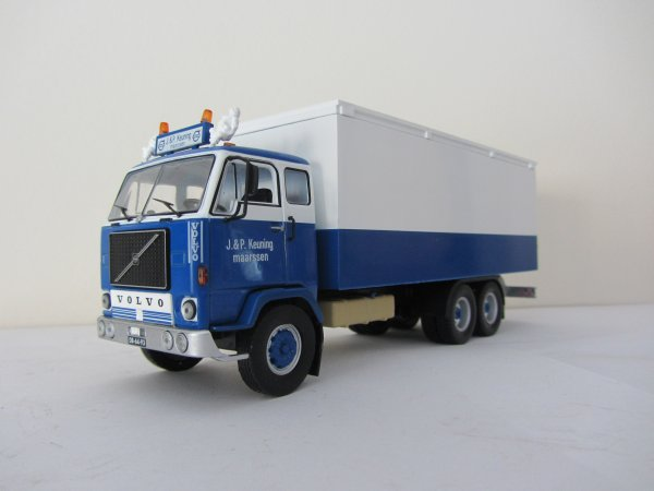 "VOLVO F88  ""Camions d'autrefois""  (Altaya)"