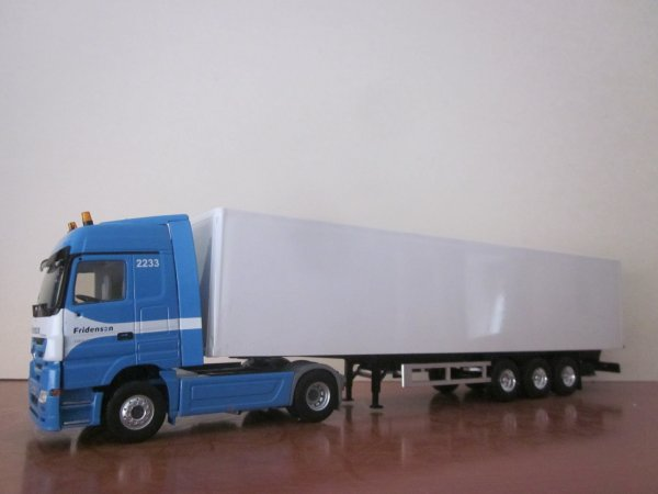 "MB MP3 ACTROS ""FRIDENSON"" (Eligor)"