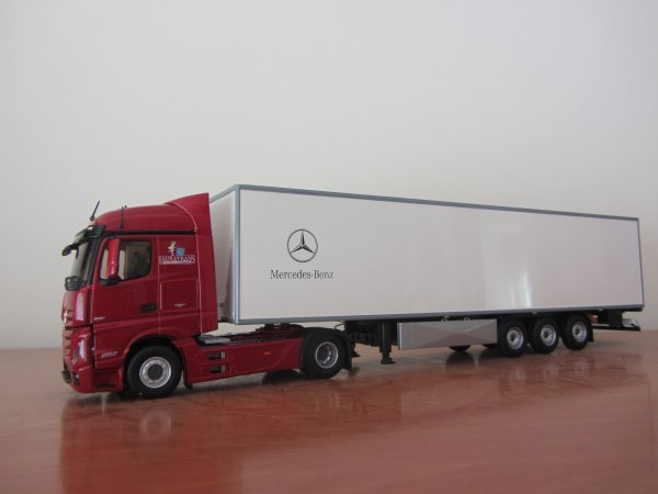 MERCEDES BENZ ACTROS MP-4 Streamspace - LAURATRANS (ELIGOR)
