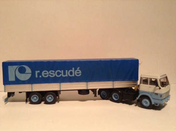 HANOMAG HENSCHEL HS19 transports Rene Escudé (ALTAYA/IXO)