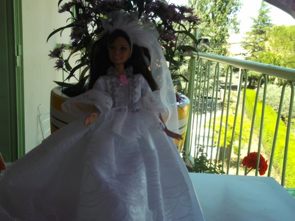 Une Barbie peut en cacher une autre