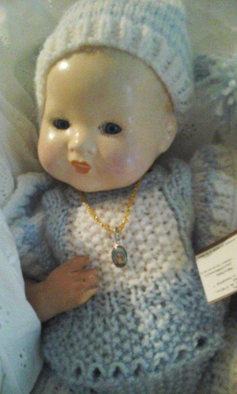 Petit bébé vous souhaite un très beau dimanche