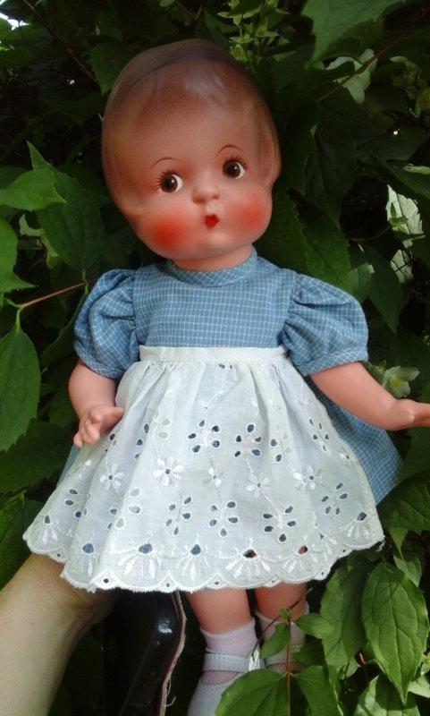 Un amour de poupée. ...