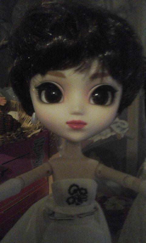 Avec de tels yeux....C est sur , Sabrina trouvera très rapidement son Prince....