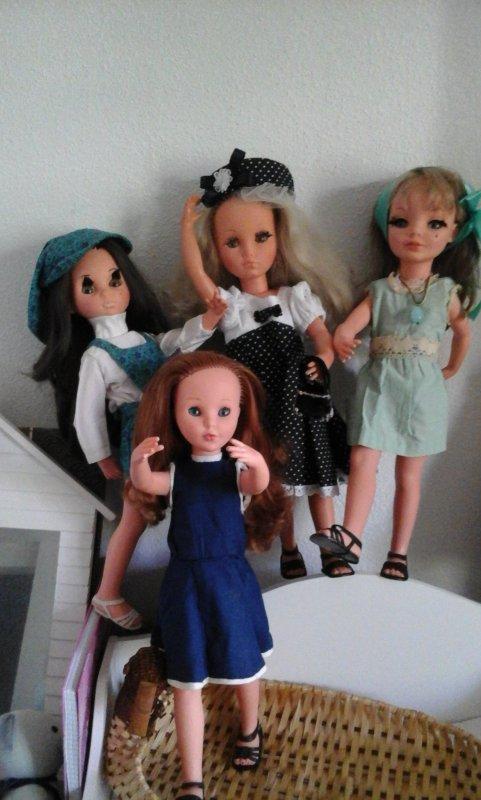 """"""" Qui ci sono le quattro sorelle Furga """"; traduction de l italien...Voici les quatres soeurs Furga...."""
