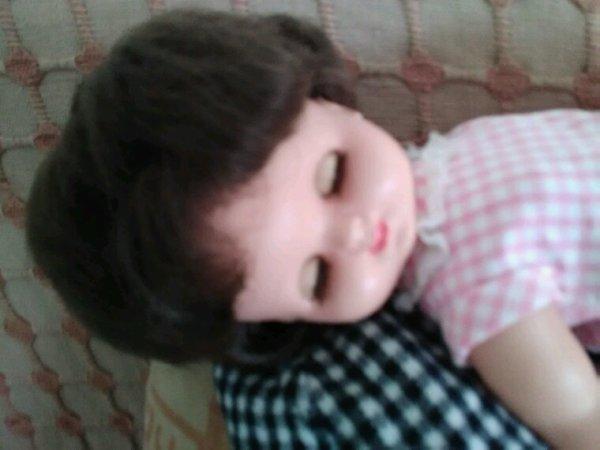 Chut..... bébé dort....