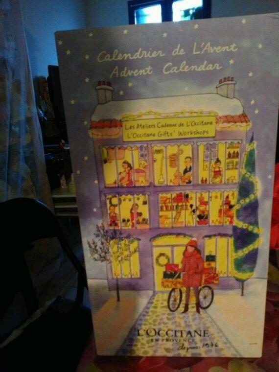 Un très beau calendrier de l Avent que je partage avec vous jusqu'au 24 décembre.... voulez-vous ouvrir les petites fenêtres avec moi?