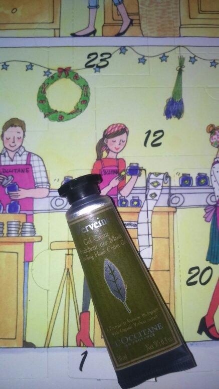 1er décembre.....crème pour les mains à la verveine....toute douce...