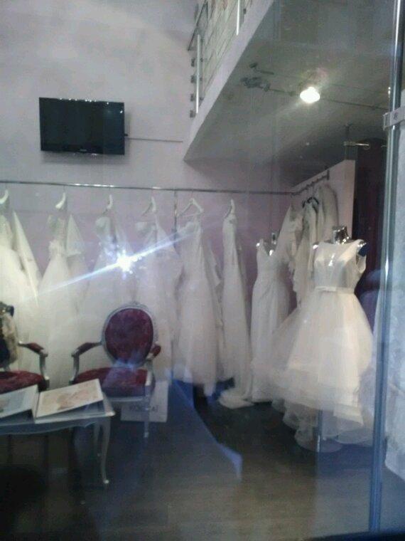 Et si vous cherchez une robe de mariée.....