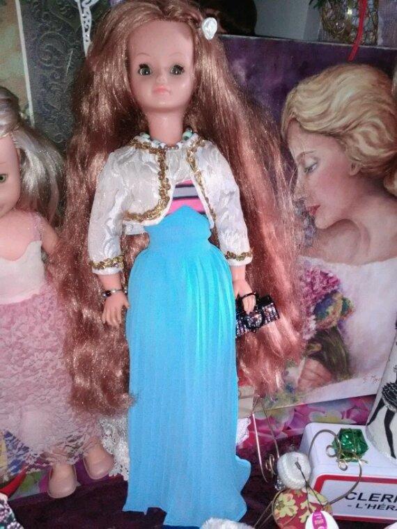 Toujours en competition... trois sublimes filles de Bella....Cathy rousse, Betsy, Leslie....