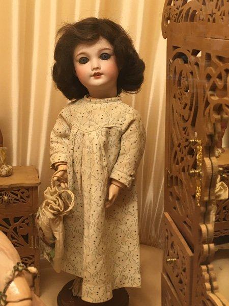 Musée de la poupée à Paris....quel dommage qu un si beau musée ferme bientôt!
