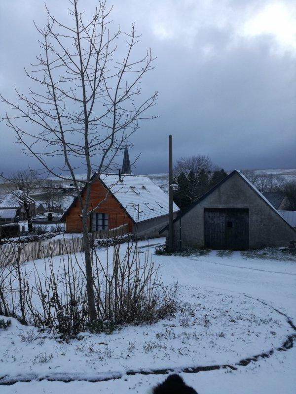 La neige ....fait son apparition...