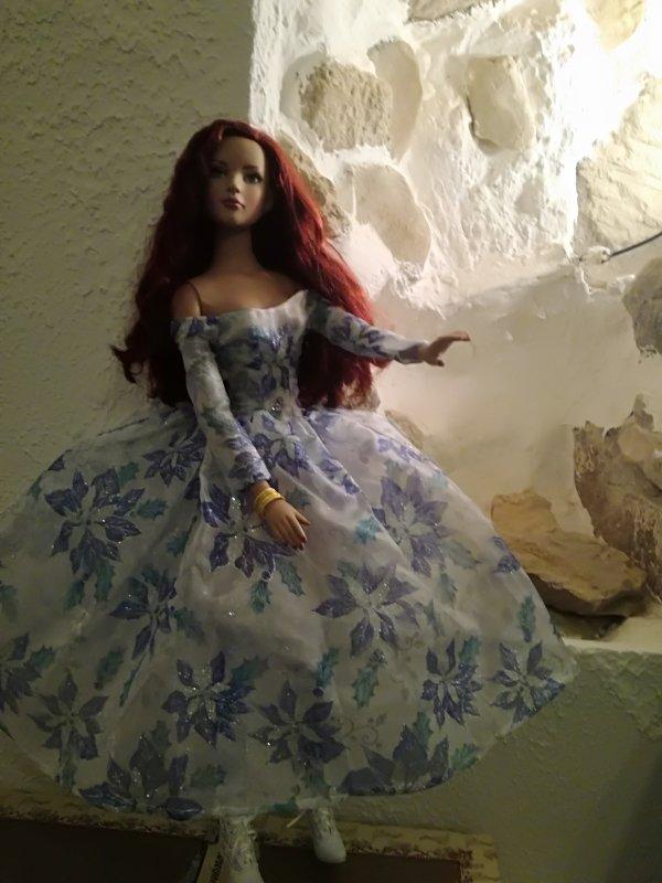 Tampis s il fait froid....mon American Model, a mis sa plus jolie robe....