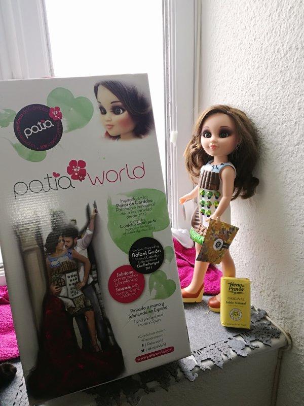 Douce Patia... petite fille de la péninsule ibérique,  plutôt rare sur les blogs et très originale....