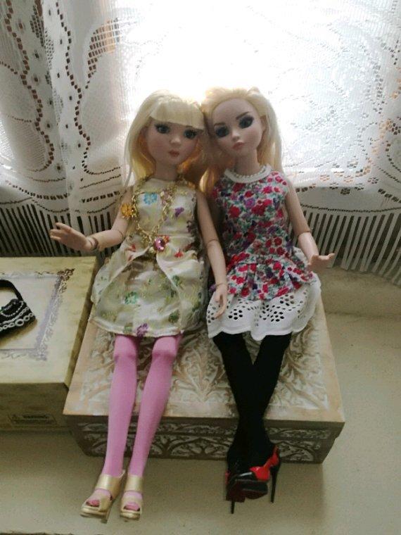 Ellowyne et Prudence « Satin Sheen...»...amies pour toujours.