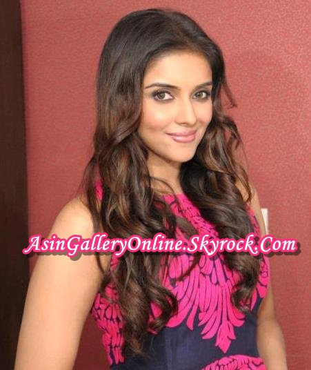 Asin in 2013: Fair & Lovely Press Conference