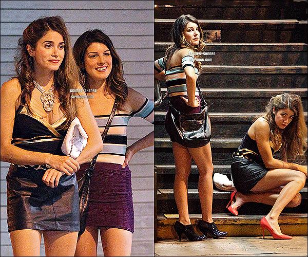 . Shenae a été aperçue avec sa co-star Nikki Reed sur le tournage de Empire State le 08 juillet 2012. .