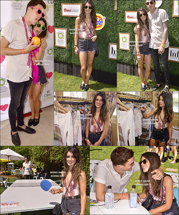 12/04/14 : Lors du Coachella Festival, le couple a été vue à la « Music Lounge Poolside Party », Jour 2, Indio.