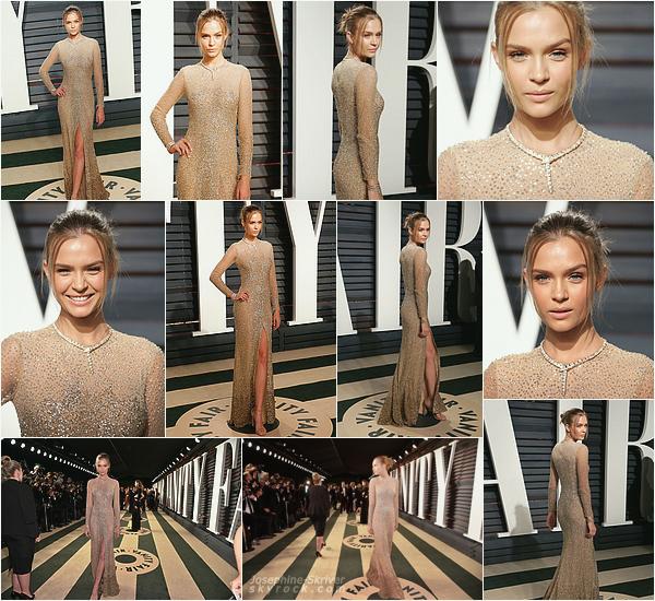 - 26.02.17 — Josephine s'est rendue à la soirée des Oscars organisée par Vanity Fair, à Beverly H. Plus tard dans la soirée, Josephine arpente le tapis rouge ( pas si rouge.. :p ). Je la trouve absolument magnifique, qu'en pensez-vous ? -