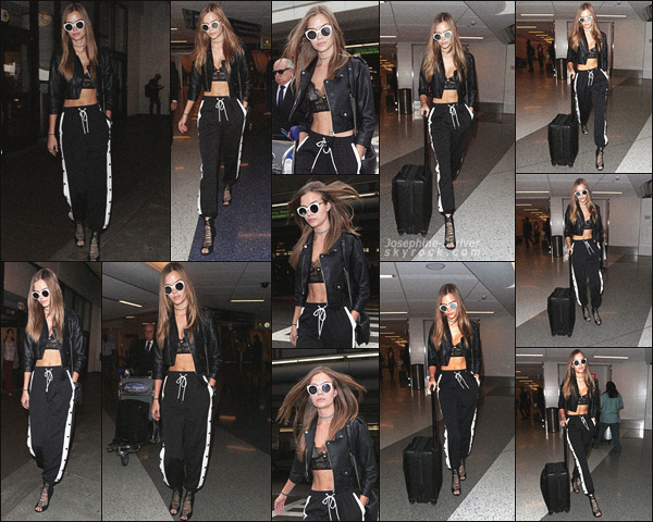 - 02.11.17 — Jojo S. a été photographier par les paparazzis arrivant a l'aéroport de LAX à Los Angeles. Back to work ! La belle est rentré de New York pour shooter avec Victoria's Secret - Sport à Santa Monica. Encore un TOP pour le look. -