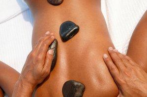 Massage  hot stones(pierres chaude)