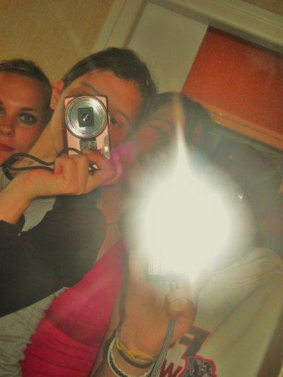 Les amis a la vie : )