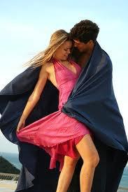 أحببتــــك و أحبـــــك ♥♥   و سأبقــى أحبك حتـى يـــوم وفاتــي ♥♥  و يـــوم وفـاتــي لا تبكــي لأن دموعـك أغلى مــن حيــاتــي ♥♥   أنــا مـا زلت باقـــي علــى وعدي و عـهدي♥♥  و قسمــاً بربــي ستبقــى فـي قلبي إلــى مماتــي ♥♥   و حتـى بعـد موتـي ستبقــى روحك تحرس رفاتــي ♥♥   و سأكتـب إسمــك و إسمي على قبــري ♥♥  لأننـي وعدتك بأنني لـن أنساك طـوال حياتــي ♥♥   و لا حتـى بعــد مماتـــي♥♥ . .
