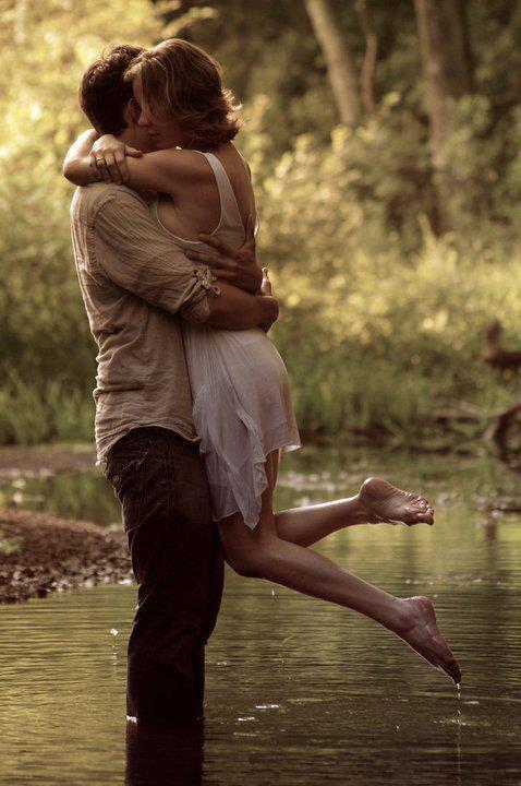 وجودك بحياتــي يجعلنــي .. آخجل آن آتمنـ'ـى شيئآ آخــر ♥