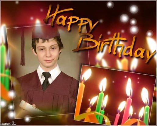 KADO hommage pour Simon <3 pour son anniversaire 21 ans le 19 AOUT MERCI mes ami(es) facebook et blog ca me touche beaucoup