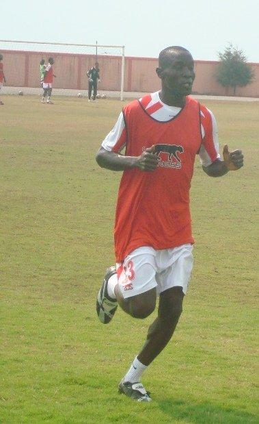 Tournoi de la rentrée sportive : Jacques Bessan offre le trophée à Soleil FC d'Akpakpa