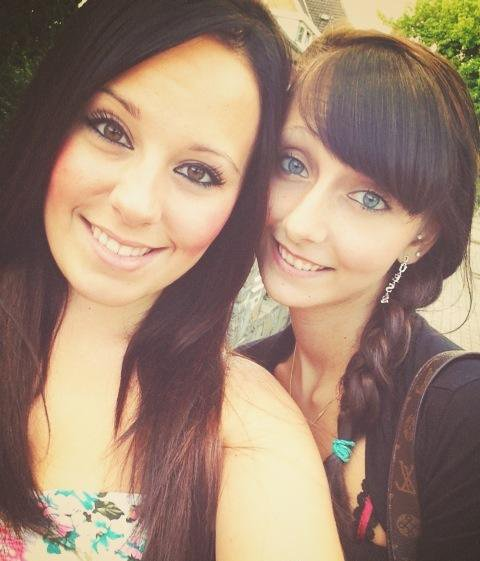 Moi & une amieee <3