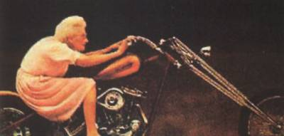 que-ce-que-j 'avais dit c 'est bien moi  quand je serai mémé harley  motard hahaha