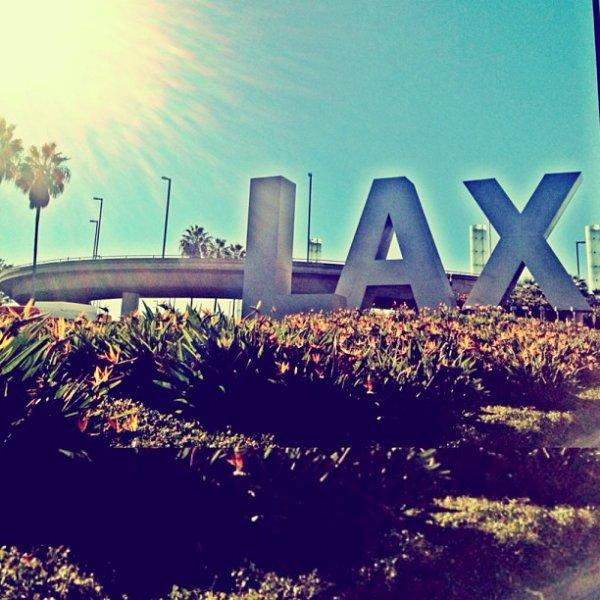 L'Amant de mes rêves ♥                                « Chapitre 2 »                                                                                                                                           Bienvenue à Los Angeles ♥