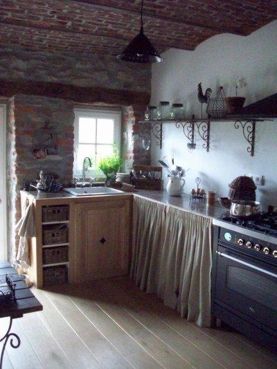 création d\'une nouvelle cuisine à l\'ancienne avec un plan de travail ...