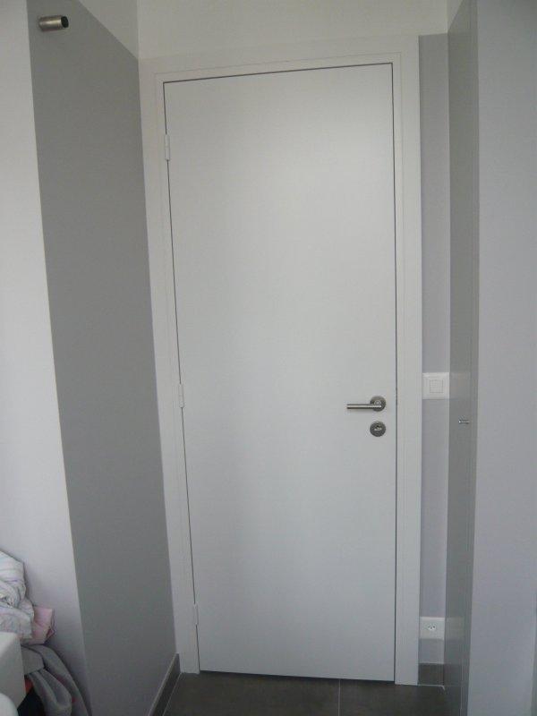 Comment Peindre Une Porte  Deux Aprentis Delinkan Du Cfa Btp A Marzy