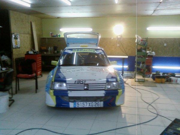 premiere voiture au hangar
