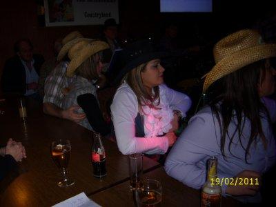 Le 19 février 2011    Petite soirée sympas entre danseurs à mont St Martin avec The Roadrunners country band