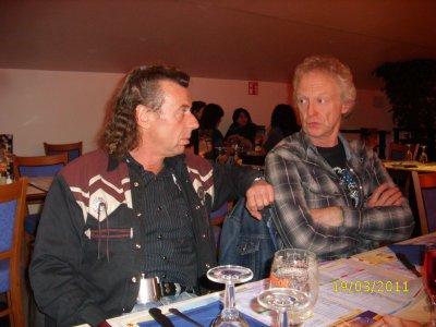 Coucou, Démo du 19 mars 2011 à Utopolis ,nous accompagnons the roadrunners country band,mais avant de danser ,petit gueuleton