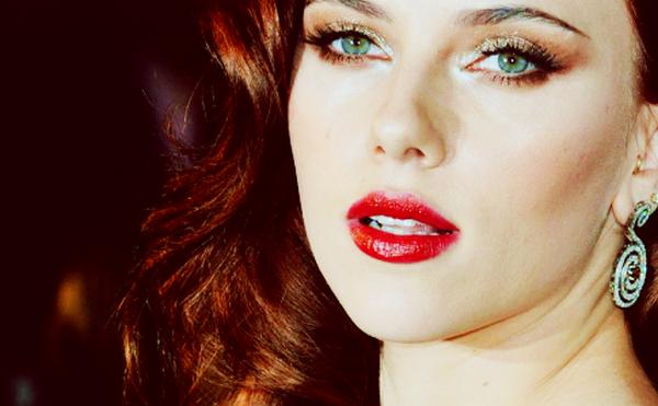 Scarlett Johansson : PRESENTATION