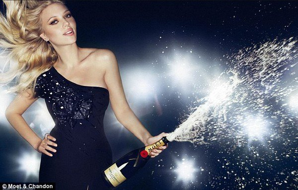 Scarlett Johansson, ambassadrice du champagne Moët et Chandon