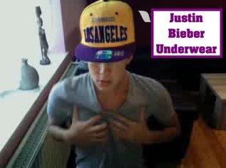 Christopher Bieber en TC : il nous montre son corps SEXY !!!