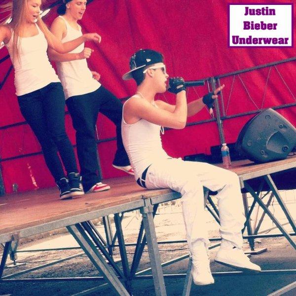 Christopher Bieber SEXY en concert !!!