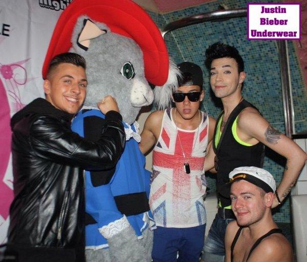 Les photos SEXY de Christopher Bieber pendant le SHOW avec Jeremstar, Bruno et Alex !!!