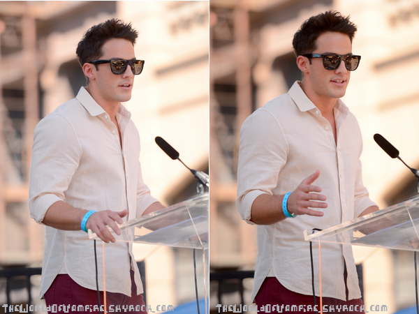"Michael Trevino à ""Variety Power Of Youth"" - 15/09"