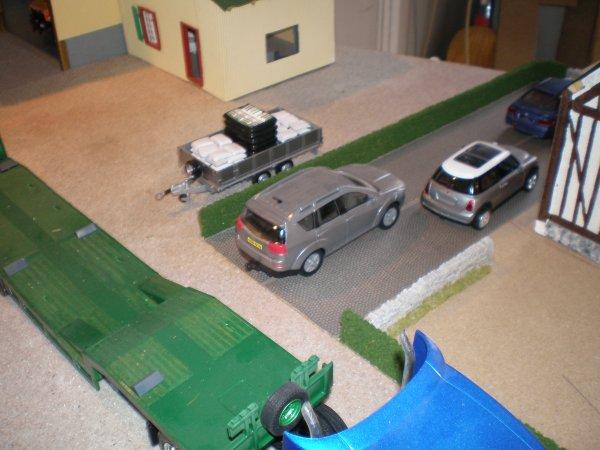 collage de la haie pour séparer le parking de la maison par rapport à l exploitation
