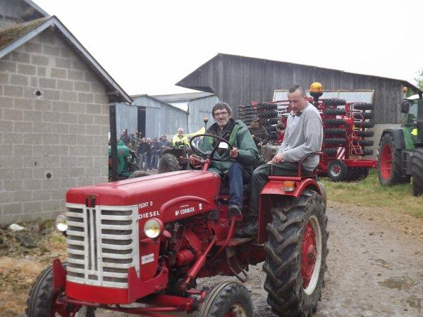 petite balade des tracteurs anciens